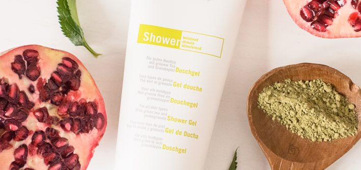 Eco Cosmetics Green Tea and Pomegranate Shower Gel