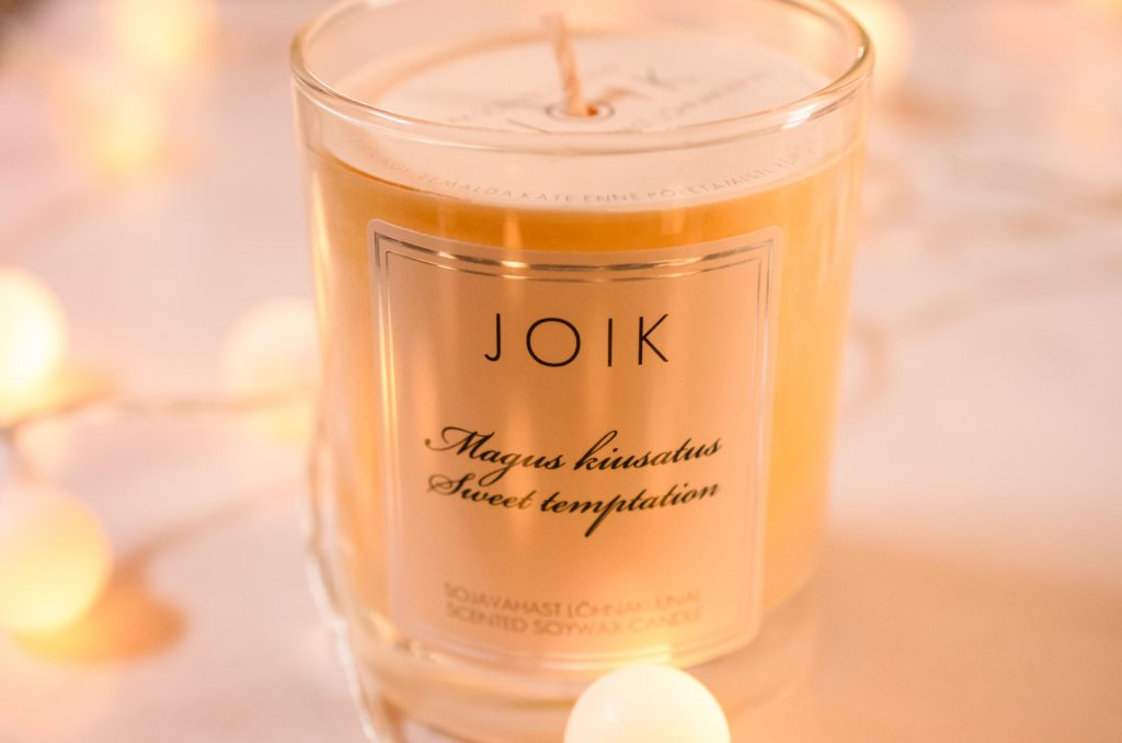JOIK Sweet Temptation candle