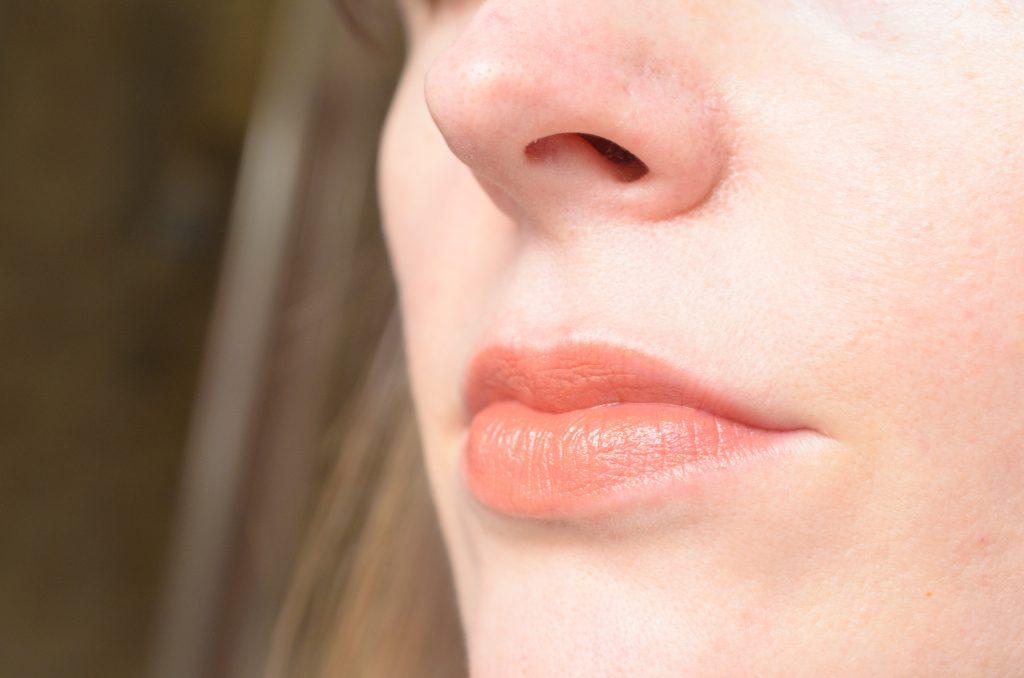 Dr. Hauschka Lipstick in Pimpernel swatch