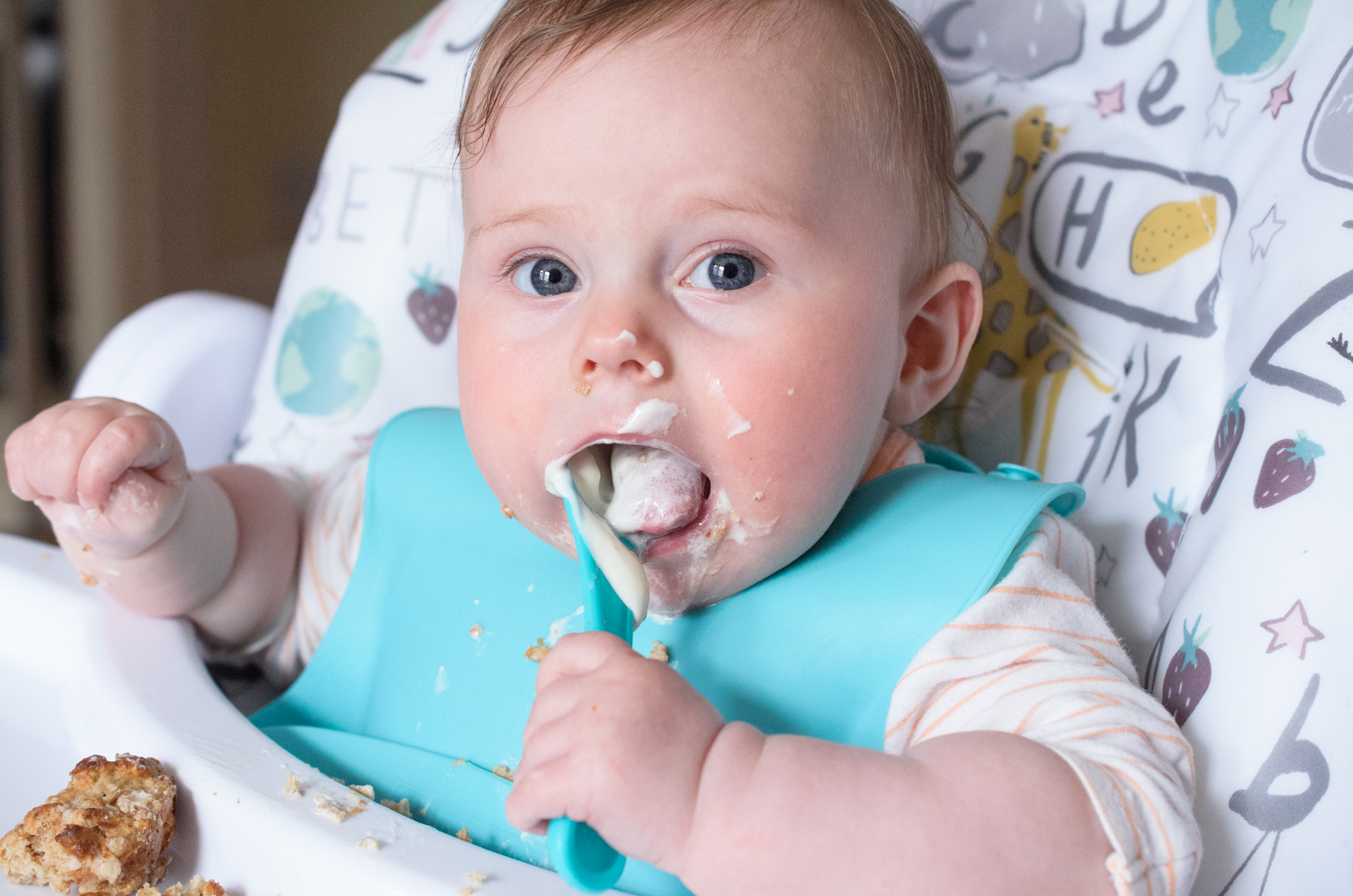 Cara starting baby led weaning with yogurt