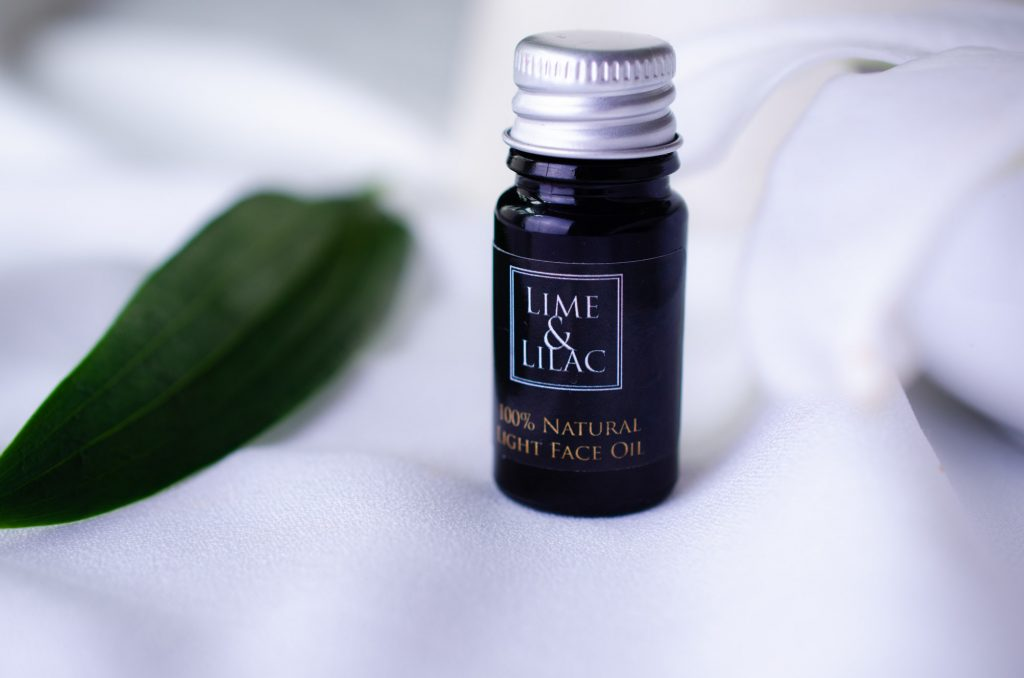 Lime & Lilac Light Face Oil sample