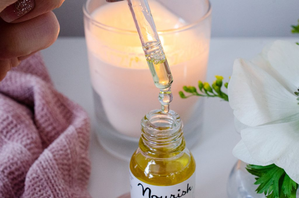 Texture of Radiance Firming Facial Oil