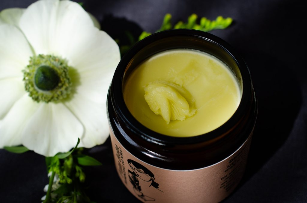 Texture of Palm Balm