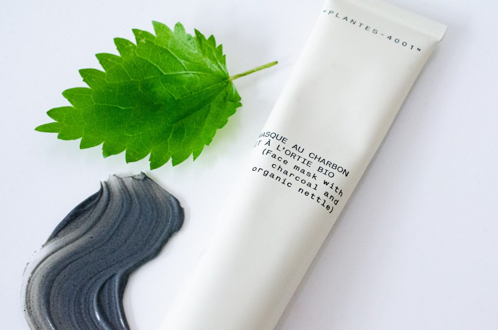 Texture of Typology Purifying Mask